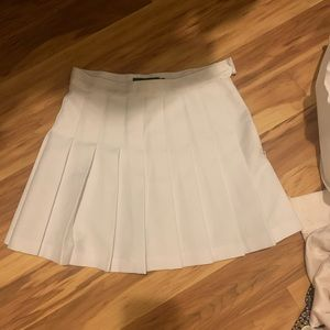 American Apparel tennis skirt Medium (never worn)